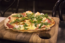 Prawn pizza